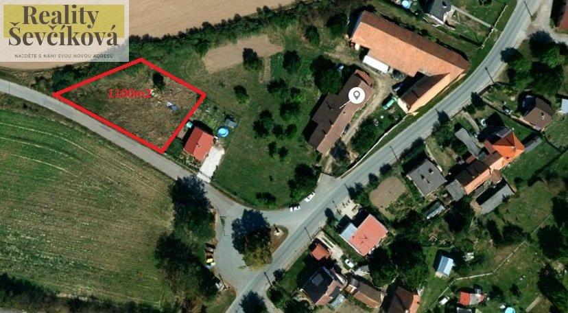 Prodej stavebního pozemku 9 km od HK, 1 101 m2 – Krásnice, Praskačka