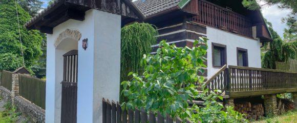 Prodej chalupy, 1 077 m2 – Vysoký Újezd