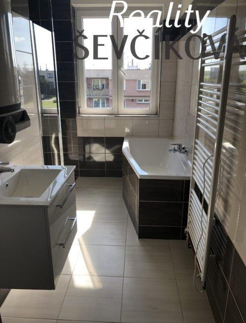 Prodej 3+1 se dvěma balkóny po celkové rekonstrukci, 95 m2 – Zábědov