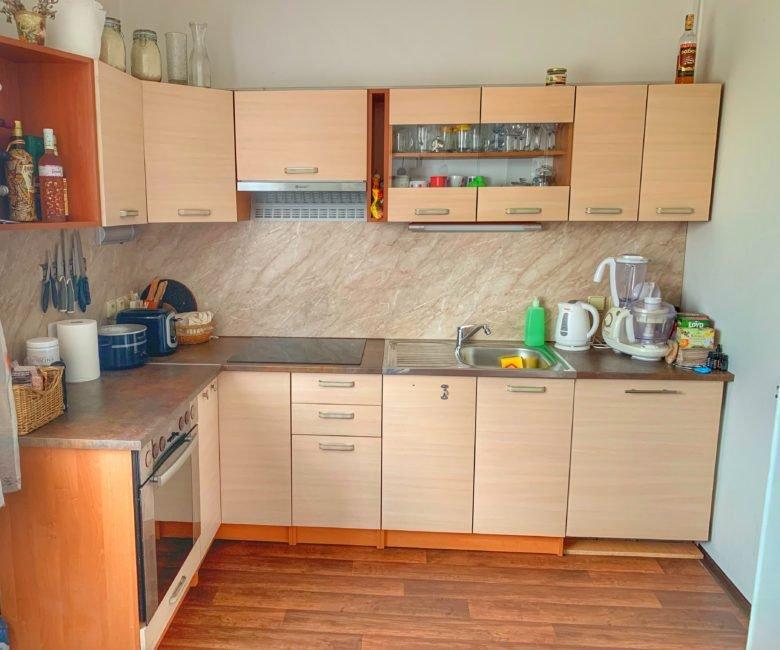 Pronájem 3+1 90 m2 s dílnou a zahradou – Věkošská