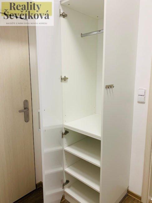 Pronájem 2+kk po celkové rekonstrukci, 45 m2 – Pavla Hanuše