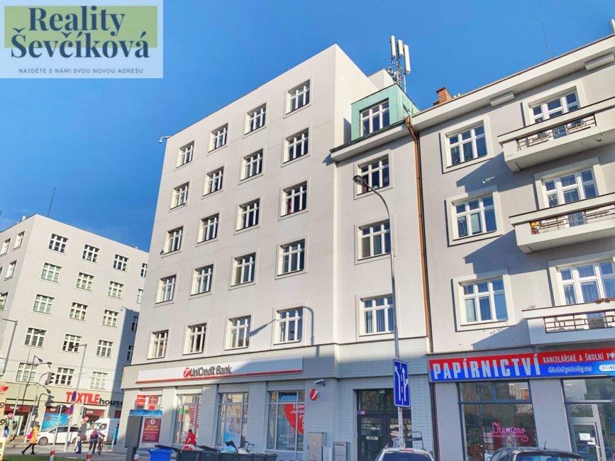 Pronájem pěkného 2+kk, 65 m2 – Ulrichovo náměstí