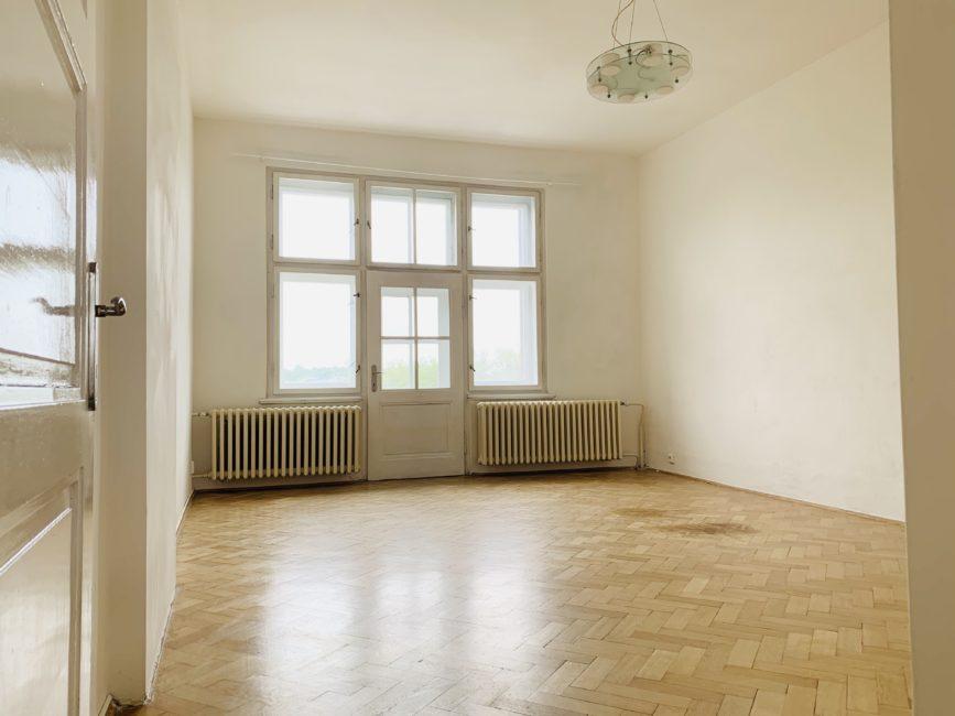 Pronájem 2+1 se dvěma balkóny, 90 m2 – Smetanovo nábřeží