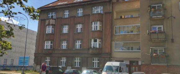 Pronájem 1+kk, 30 m2 – Smetanovo nábřeží