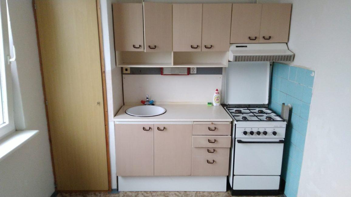 Pronájem 1+1 s balkónem a komorou, 46 m2 – Sekaninova