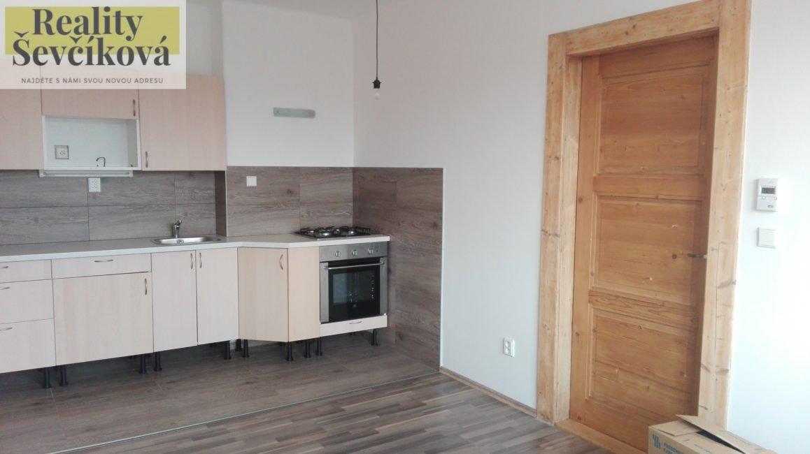 Pronájem 2+kk po kompletní rekonstrukci, 52 m2 – Bidlova