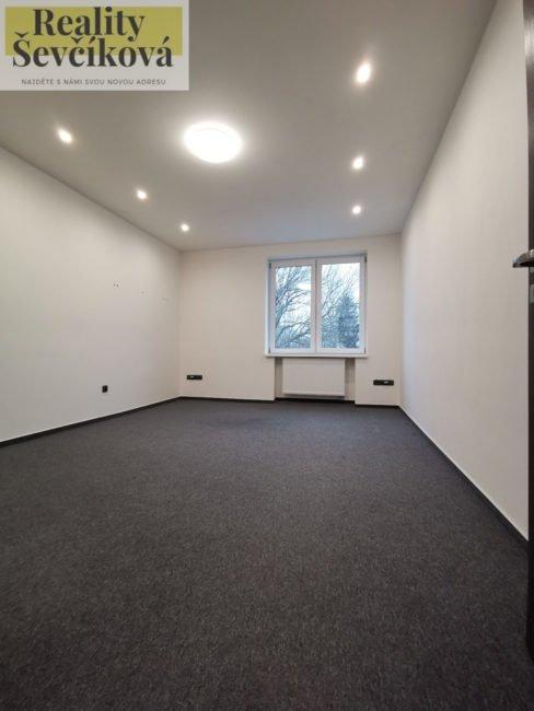 Pronájem 3+kk po rekonstrukci, 83 m2 – Hořická