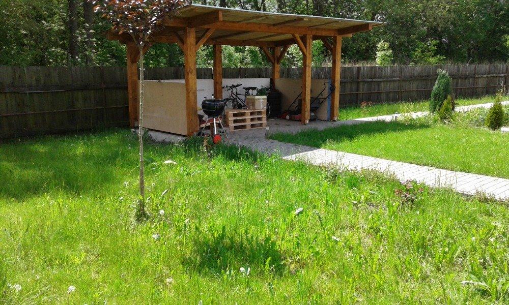 Pronájem pěkného 2+kk se zahradou a parkováním, 40 m2 – Libišany