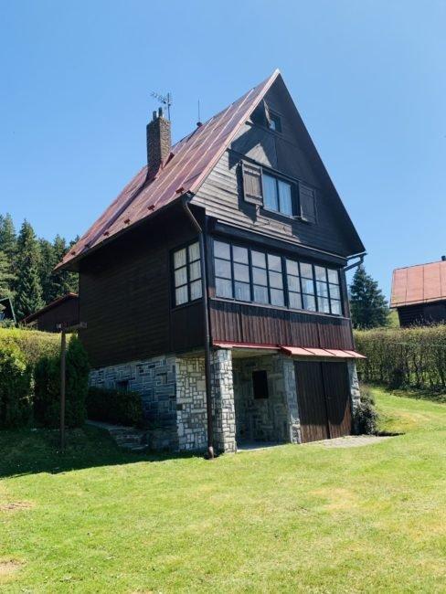 Prodej malebné chaty v srdci Železných hor 784 m2 – Rušinov