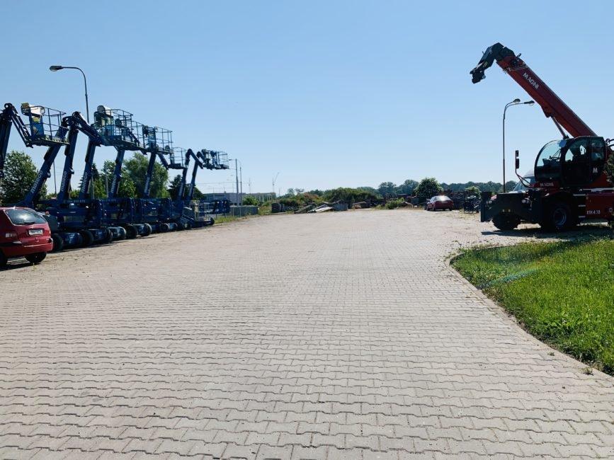 Pronájem zpevněné plochy, 1200 m2 – Vlčkovická, Hradec Králové